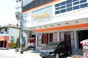 Oranje Gasthuis Siwalankerto Surabaya - bangunan