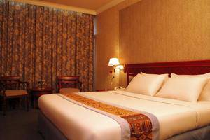 Weta International Hotel Surabaya - Room