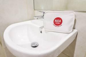 NIDA Rooms Racing Center Makassar - Kamar mandi