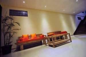 Orange Hotel Bali - Di sekitar