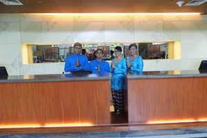 Jambuluwuk Malioboro Hotel Yogyakarta - RESEPSIONIS