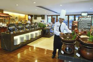 Jambuluwuk Malioboro Hotel Yogyakarta - Restaurant