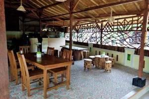 Wisma Ahlen Pangandaran Pangandaran - Ahlen Resto Cafe
