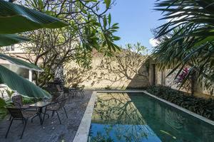RedDoorz @Bakung Sari Kuta 2 Bali - Eksterior