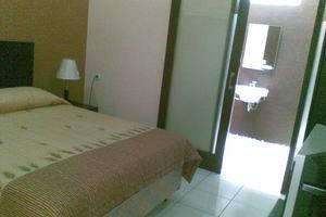Homestay Retanata Bandung - Eksekutif tempat tidur King