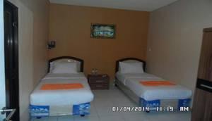 Wisma Gress Makassar - Bedroom