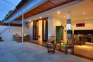 The Apartments Canggu Bali - Dapur dan Ruang Tamu