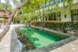 ZenRooms Seminyak Kunti Nuansa Bali - Kolam Renang
