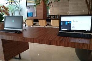 Ayaka Suites Jakarta - Resepsionis