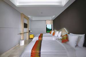 D'MAX Hotel & Convention Lombok - Family Room
