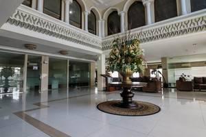 NIDA Rooms Lapangan Medan Petisah Medan - Pemandangan Area