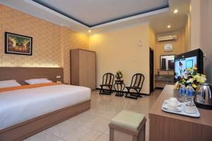 Hotel New Merdeka Pati - Kamar tamu