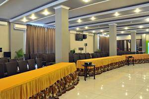Hotel New Merdeka Pati - Ballroom