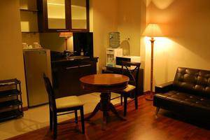 Kyriad Pejaten Suites Jakarta - Diamond Suites Living Room
