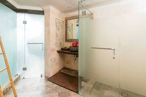 ZEN Villa Tebongkang Ubud - Kamar mandi