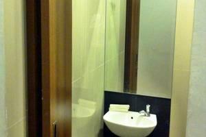 J Hotel Medan - Kamar mandi