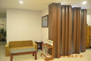 J Hotel Medan - lounge lobi