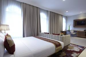 Ramada Suites By Wyndham Solo Solo - Superior Residence Room
