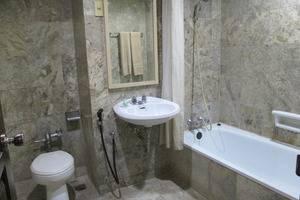 Hotel Merpati Pontianak - Kamar Mandi