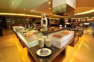 Hotel Golden Flower Bandung - Buffet