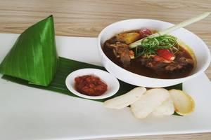 Agria Gino Feruci Hotel Bogor - Food