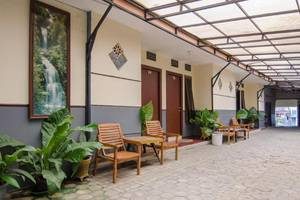ABR 4 Homestay Malang - Eksterior