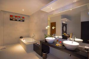 The Light Exclusive Villas & Spa Bali - Kamar mandi