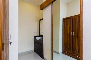 RedDoorz @Danau Tamblingan Sanur Bali - Kamar tamu