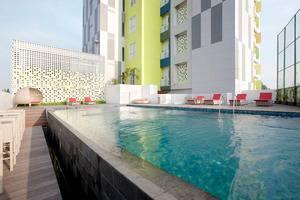 Shakti Hotel Bandung by Zia - Kolam Renang