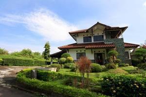 Villa ChavaMinerva Dima - Ciater Highland Resort (Bandung)