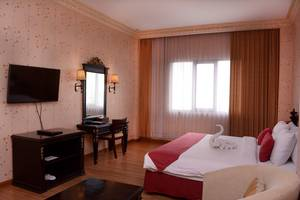 Quds Royal Hotel Surabaya - Superior Room