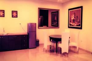 Pondok Citra Grogol - Dining Table