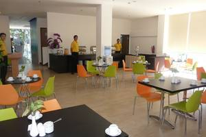Top Hotel Manado - Ruang Makan