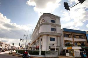 Hotel Garuda Pontianak - Eksterior