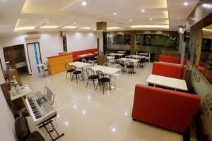 Bless Hotel Palembang - Restoran