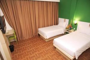 Bless Hotel Palembang - Kamar tamu