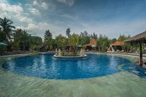 Pandawa Beach Villas & Resort Lombok - Kolam Renang
