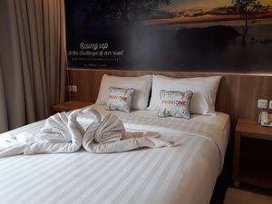 Front One Hotel Airport Solo Solo - SATU BED