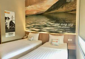 Front One Hotel Airport Solo Solo - SUPERIOR DUA BED