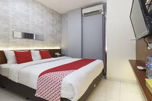 OYO 103 Celvasha Hotel