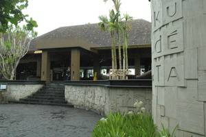 RedDoorz @Raya Kerobokan 2 Bali - KU DE TA