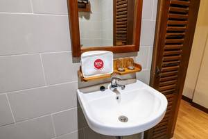 NIDA Rooms Manga Raja 21A Kraton - Kamar mandi