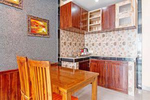 ZenRooms Celagi Basur Bali - Dapur dalam kamar