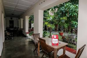 NIDA Rooms Crown Kraton Tugu Station - Pemandangan Area