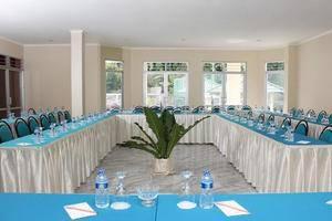 Bumi Ciherang Hotel Cianjur - Meeting Room