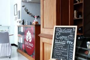 Grand Taufiq Hotel Tarakan - Daycinno Caffee