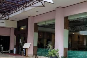 NIDA Rooms Jakarta Kramat Raya - Eksterior