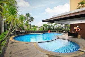 Grand Setiabudhi Bandung - Swimming Pool