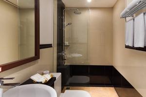 Best Western Senayan Jakarta - Bathroom