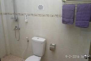 Hotel Sebelas Bandung Bandung - Bathroom